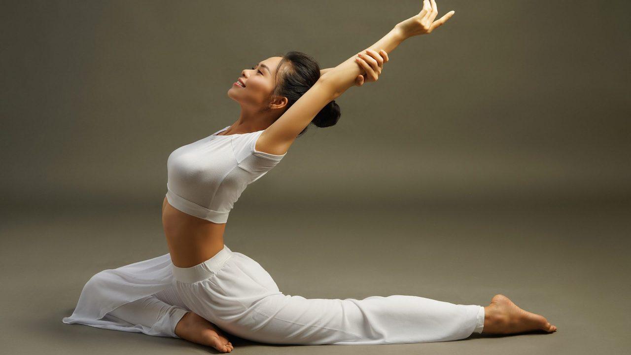 Yoga Định Hình Vóc Dáng Gợi Cảm